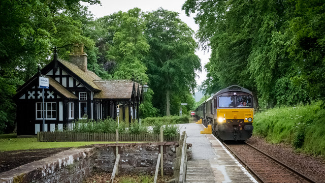The Royal Scotsman, en gare de Dunrobin Castle, Ecosse